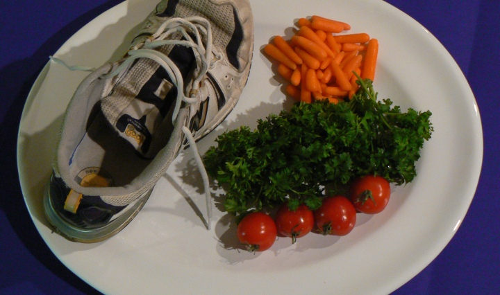 Between the Family - Vegetarian Sneaker - White Plate as Palette