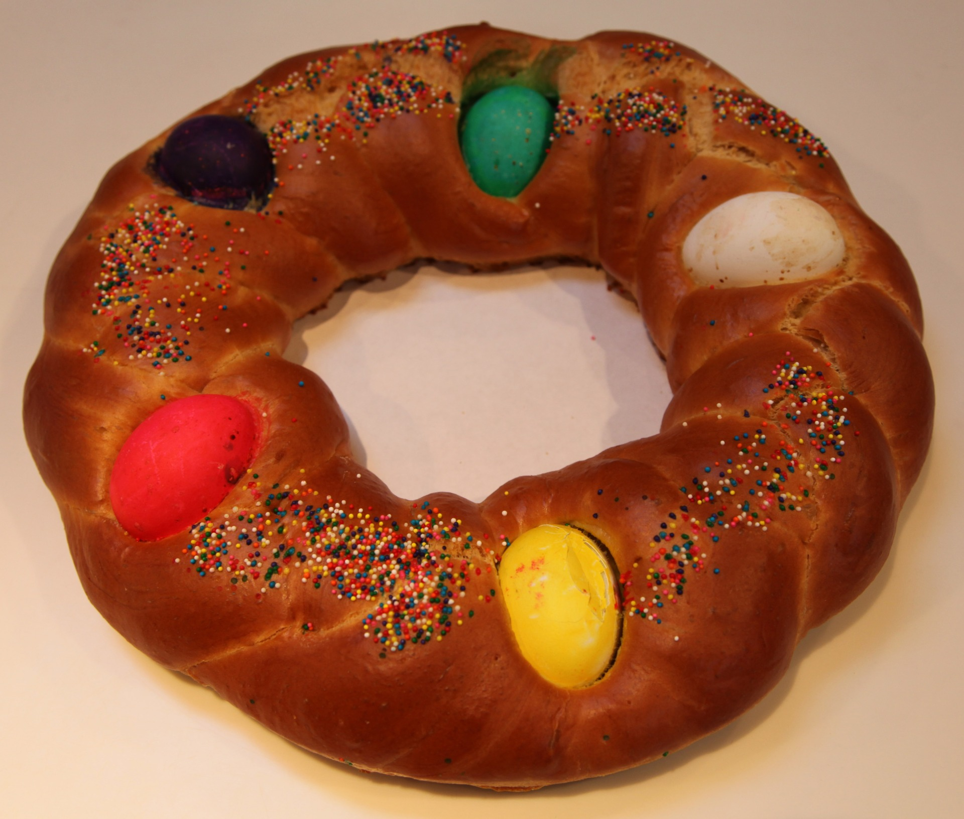 Tsoureki - Easter - Eggs - Bread - Between the Tines